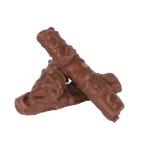 Hohlhippen mit Erdnusscremefüllung, überzogen mit Milchschokolade und Erdnuss-Stücken